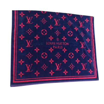 Louis Vuitton Towel with monogram pattern