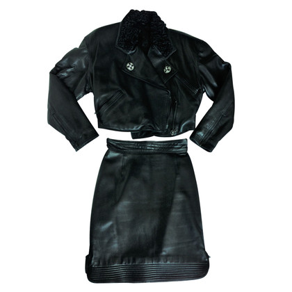 Gianni Versace complete in leather