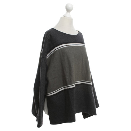 Odeeh Sweater with striped pattern