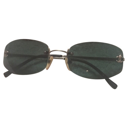 Chanel SUNGLASSES WITH GRAY LENSES
