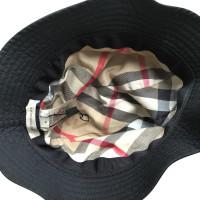 Burberry chapeau