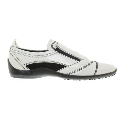 Tod's Slippers in patent leather