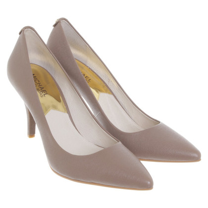 Michael Kors pumps in Taupe