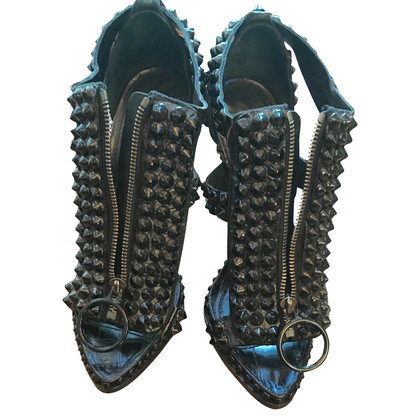 boots givenchy glasses dq21  Givenchy Givenchy spikey studded T-Strap sandals