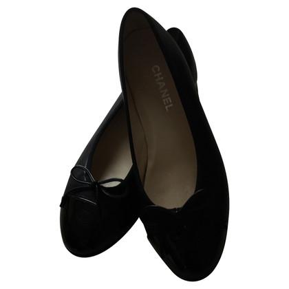 Chanel Black ballerinas