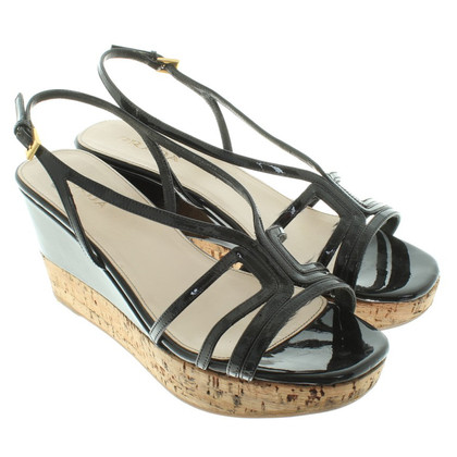 Prada Wedges in Schwarz