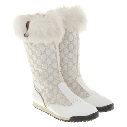 Gucci Boots with fur