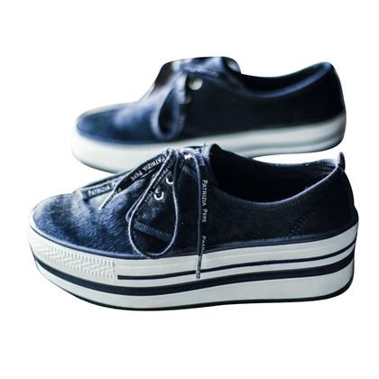 Patrizia Pepe Sneakers mit Plateausohle