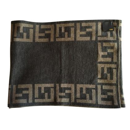 Fendi wollen sjaal