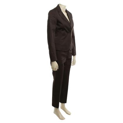 Strenesse Elegant suit in brown