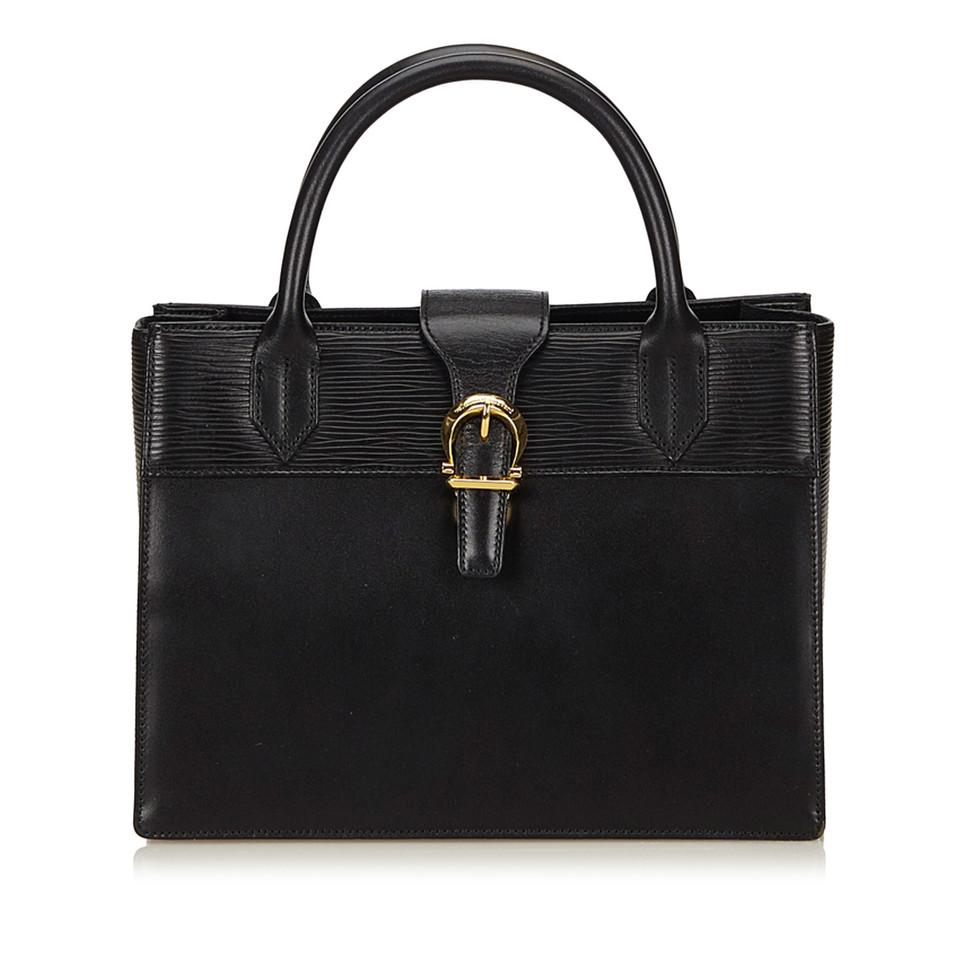 valentino handtasche in schwarz second hand valentino handtasche in schwarz gebraucht kaufen. Black Bedroom Furniture Sets. Home Design Ideas