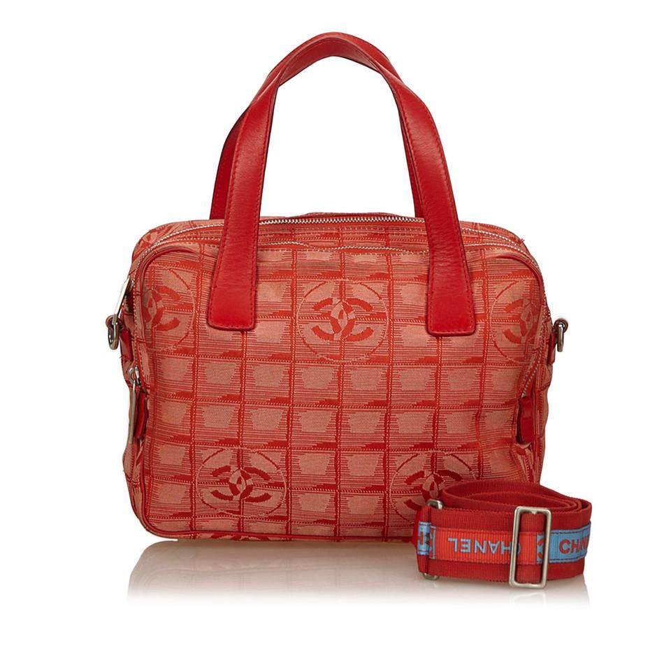 chanel handtasche second hand chanel handtasche gebraucht kaufen f r 399 00 2520847. Black Bedroom Furniture Sets. Home Design Ideas