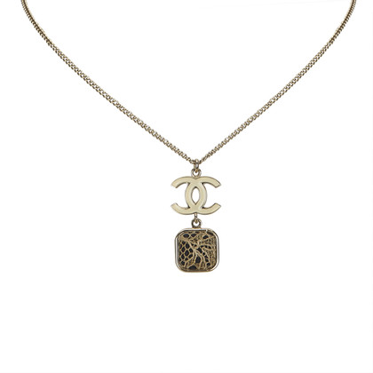Chanel Necklace with pendant