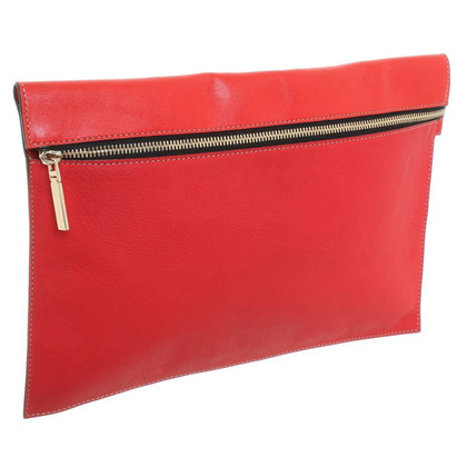 Victoria Beckham clutch in red