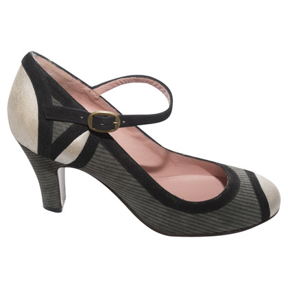 Marc Jacobs pumps Mary-Janes style