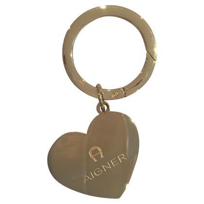 Aigner Schlüsselanhänger mit Herz