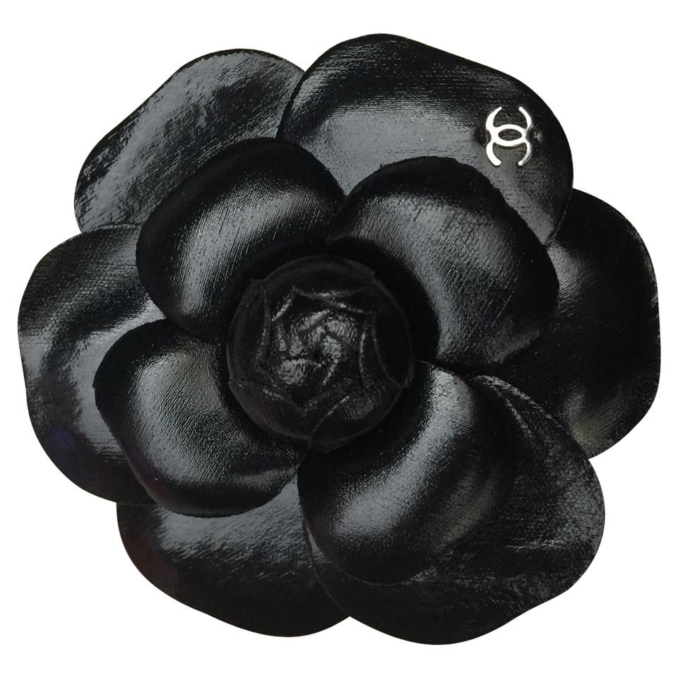Chanel Camellia broche - Koop tweedehands Chanel Camellia ...