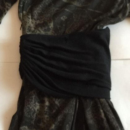Giambattista Valli Asymmetric dress