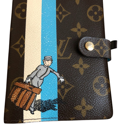 Louis Vuitton Groom Bell boy cover