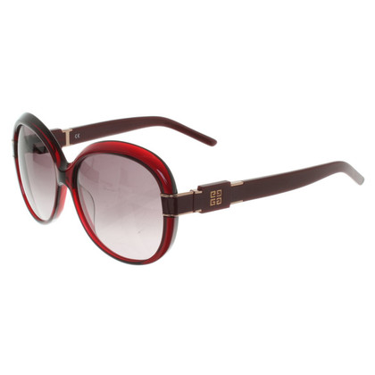 Givenchy Sunglasses in Bordeaux