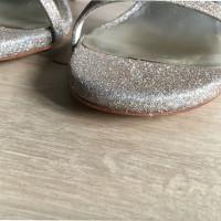 Stuart Weitzman Sandaletten mit Glitzeroberfläche