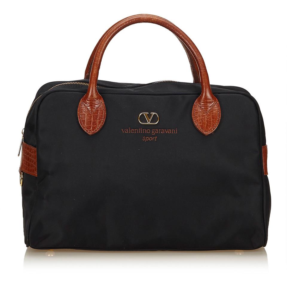 valentino nylon handtasche second hand valentino nylon handtasche gebraucht kaufen f r 219 00. Black Bedroom Furniture Sets. Home Design Ideas