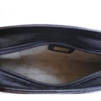 Aigner Schultertasche aus Leder