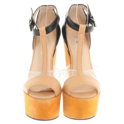 Carven Sandaletten mit Keilabsatz