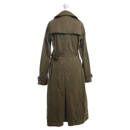 Closed Trenchcoat in Oliv