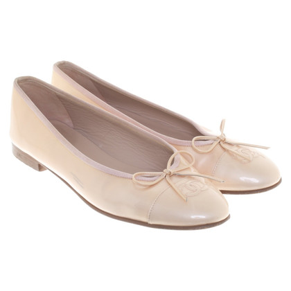Chanel Ballerinas in Nude