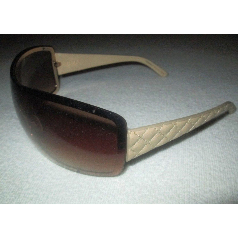 Chanel sunglasses - Buy Second hand Chanel sunglasses for €180.00