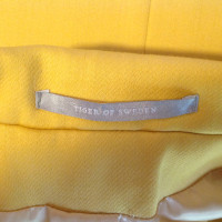 Other Designer Tiger of Sweden - jacket in yellow