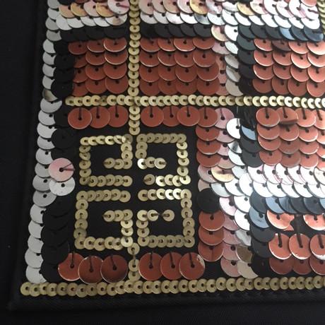 Freiraum Suchen Givenchy Schultertasche mit Pailletten Schwarz Steckdose Neu Günstiger Preis Niedrig Versandgebühr Günstigstener Preis Günstiger Preis IwiAyJ0