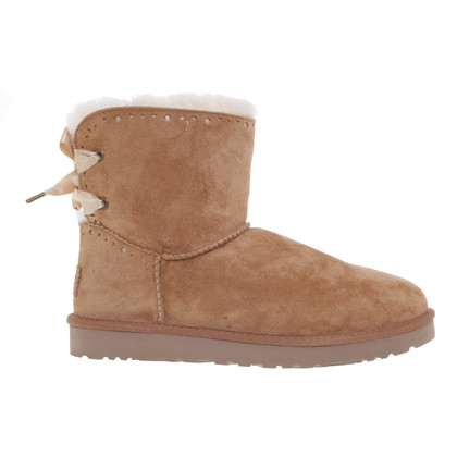 Ugg Boots in light brown