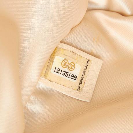 Rabatt Footaction Chanel East West Chain Flapbag aus Leder Schwarz Sammlungen Online-Verkauf Kostengünstige Online-Verkauf Billig Verkauf Exklusiv YfIjeVN8s