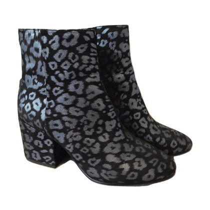Ash Ankle boots with pattern