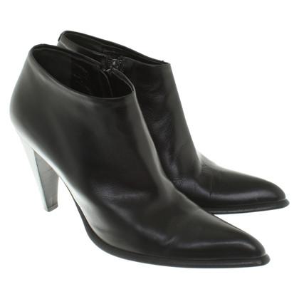 Max Mara Ankle Boots in Schwarz