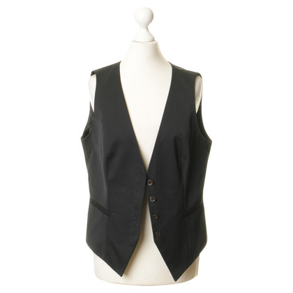 Hugo Boss Vest in black