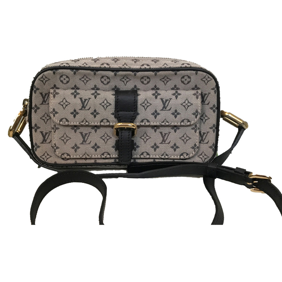 louis vuitton umh ngetasche aus monogram mini lin second hand louis vuitton umh ngetasche aus. Black Bedroom Furniture Sets. Home Design Ideas