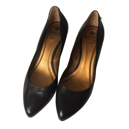 Bally pumps made of leather
