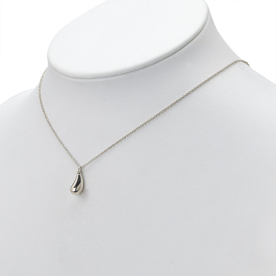 Tiffany co necklace buy second hand tiffany co necklace for tiffany co necklace aloadofball Image collections