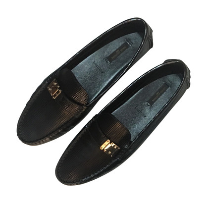Louis Vuitton Moccasins made of epi leather