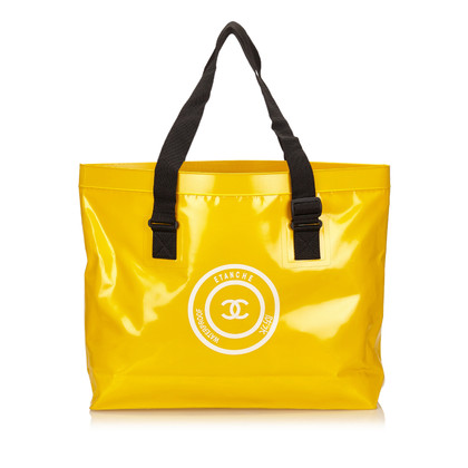 Chanel Shoulder bag in yellow