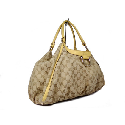 Gucci Shopping