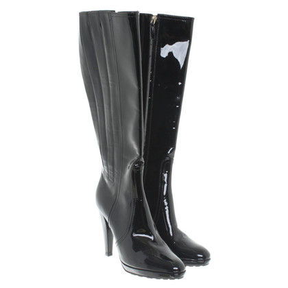 Valentino Boots in black patent leather