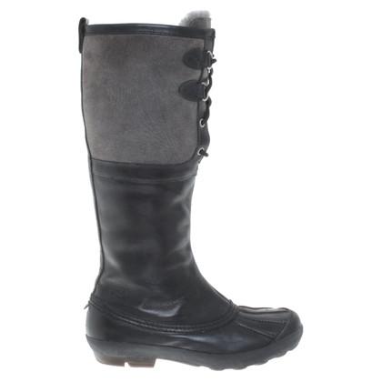 UGG Australia Boots in Black / grey