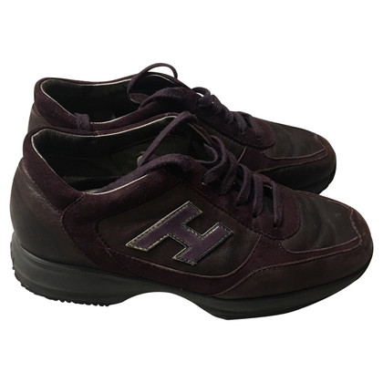 "Hogan ""Interactive"" Sneakers in Bordeaux"