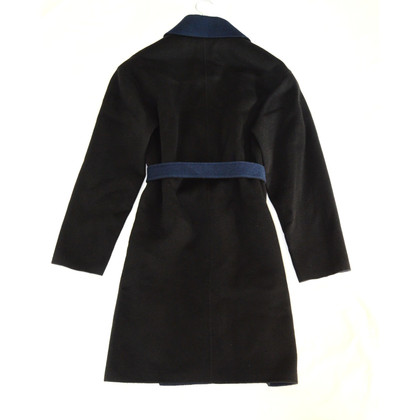 Cacharel Cappotto nero con cintura
