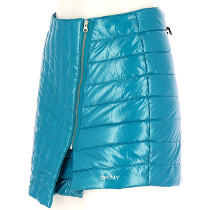 DKNY skirt with quilted pattern