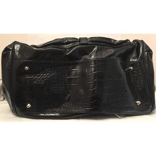 Blumarine Handtasche aus Lackleder Schwarz Kah6Ru